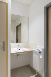 Toilettes Salle La Gripperie-Saint-Symphorien